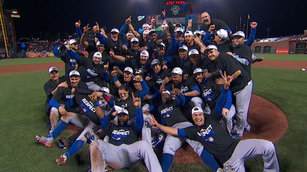 Cubs deliver Giant stunner, advance to NLCS