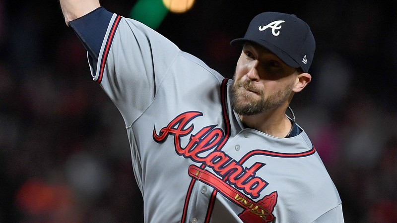 Braves fans roast Jim Johnson following Sunday's extra-inning loss